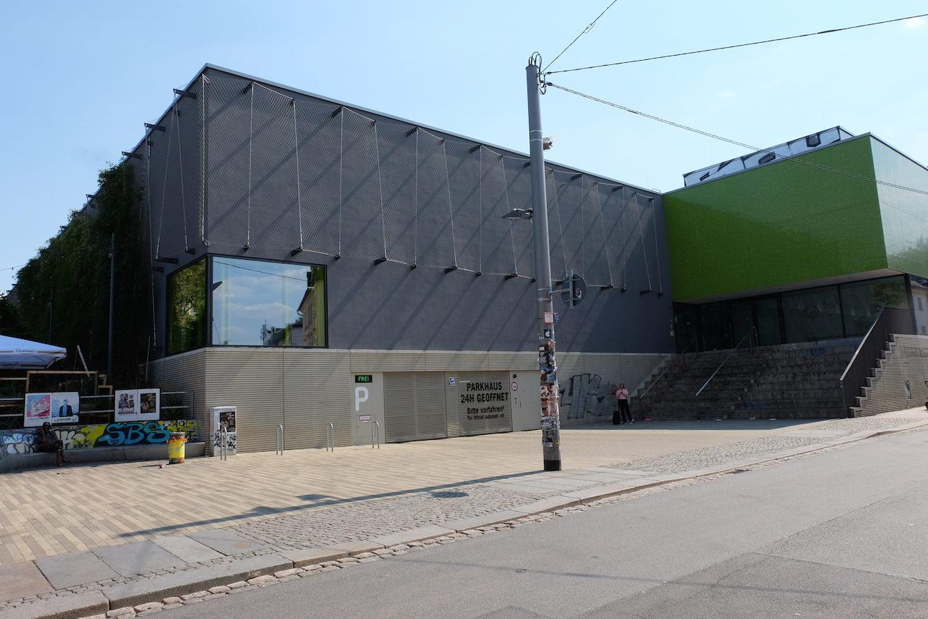 Foto Neubau Turnhalle Dresden
